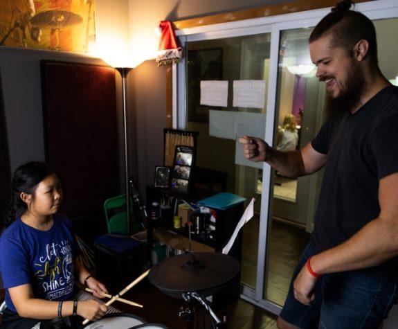 Drum Lesson Small 2 800x