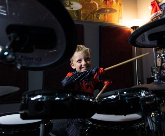 Drum Lesson Small 3 800x